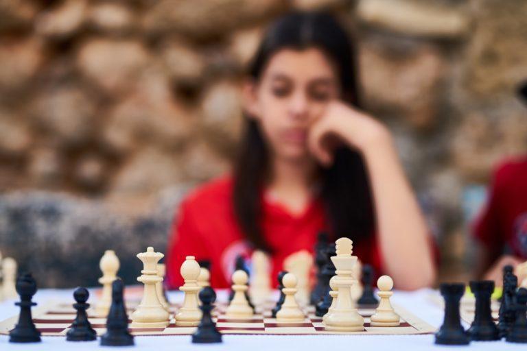 Spil skak med de store i udlandet